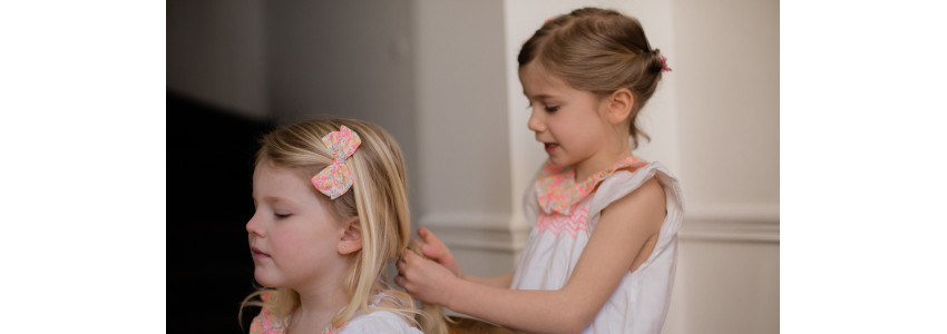 Glitter and bow hair clips for little girls | OBI OBI accessories